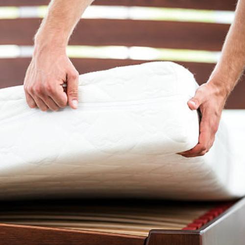 Komfortowe materace piankowe - znajdź idealny model!